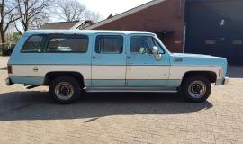 1976-GMC-25-Sierra-Classic-Suburban-454ci-V8-6