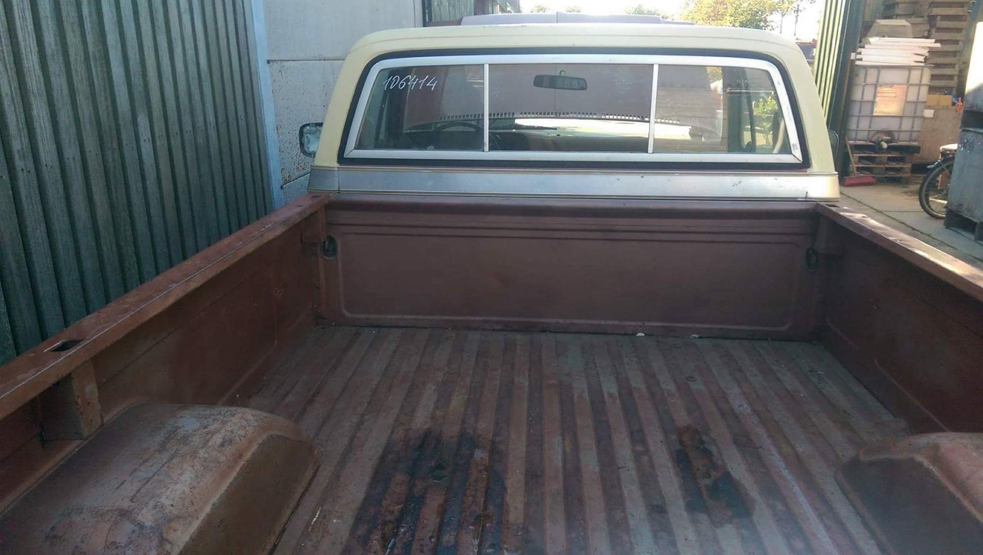 1977 Chevrolet Cheyenne 20 454ci (6)
