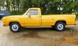 1977-Dodge-D200-360ci-V8-2