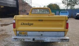1977-Dodge-D200-360ci-V8-4