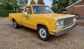 1977-Dodge-D200-360ci-V8-8