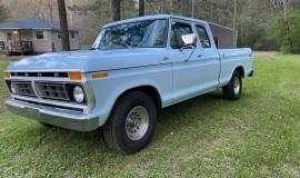 1977-Ford-F150-Custom-SuperCab-400m-V8-1