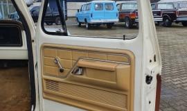 1977-Ford-F150-Ranger-351M-V8-13