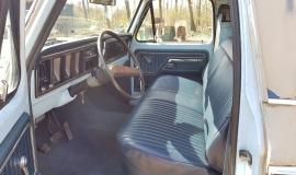 1977-Ford-F150-XLT-Ranger-400ci-V8-C6-Automatic-10
