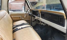 1977-Ford-F350-service-truck-460ci-12