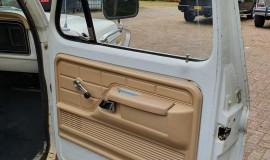 1977-Ford-F350-service-truck-460ci-13