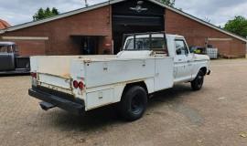 1977-Ford-F350-service-truck-460ci-5
