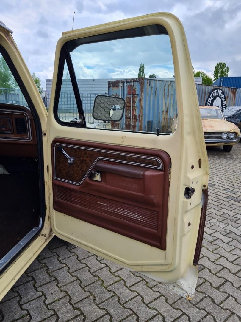 1978-Ford-F150-Ranger-XLT-400ci-13