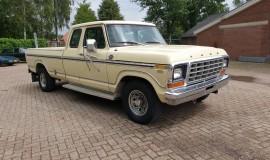 1978-Ford-F250-XLT-Lariat-SuperCab-460ci-V8-13