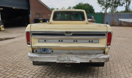 1978-Ford-F250-XLT-Lariat-SuperCab-460ci-V8-17
