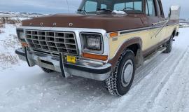 1978-Ford-F350-Super-Cab-Lariat-Camper-Special-460ci-V8-001