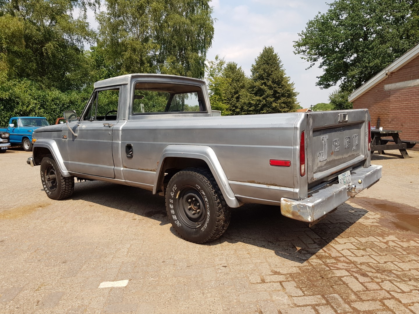 1978 Jeep J10 pickup 258ci (17)