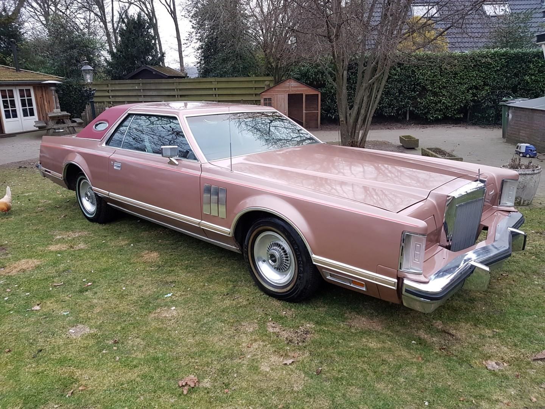 1978 Lincoln Continental Mark V 460ci (2)