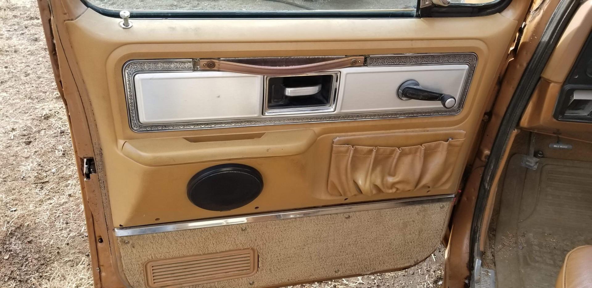 1979 Chevrolet C20 383ci (11)