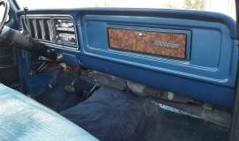 1979-Ford-F250-Ranger-460ci-8