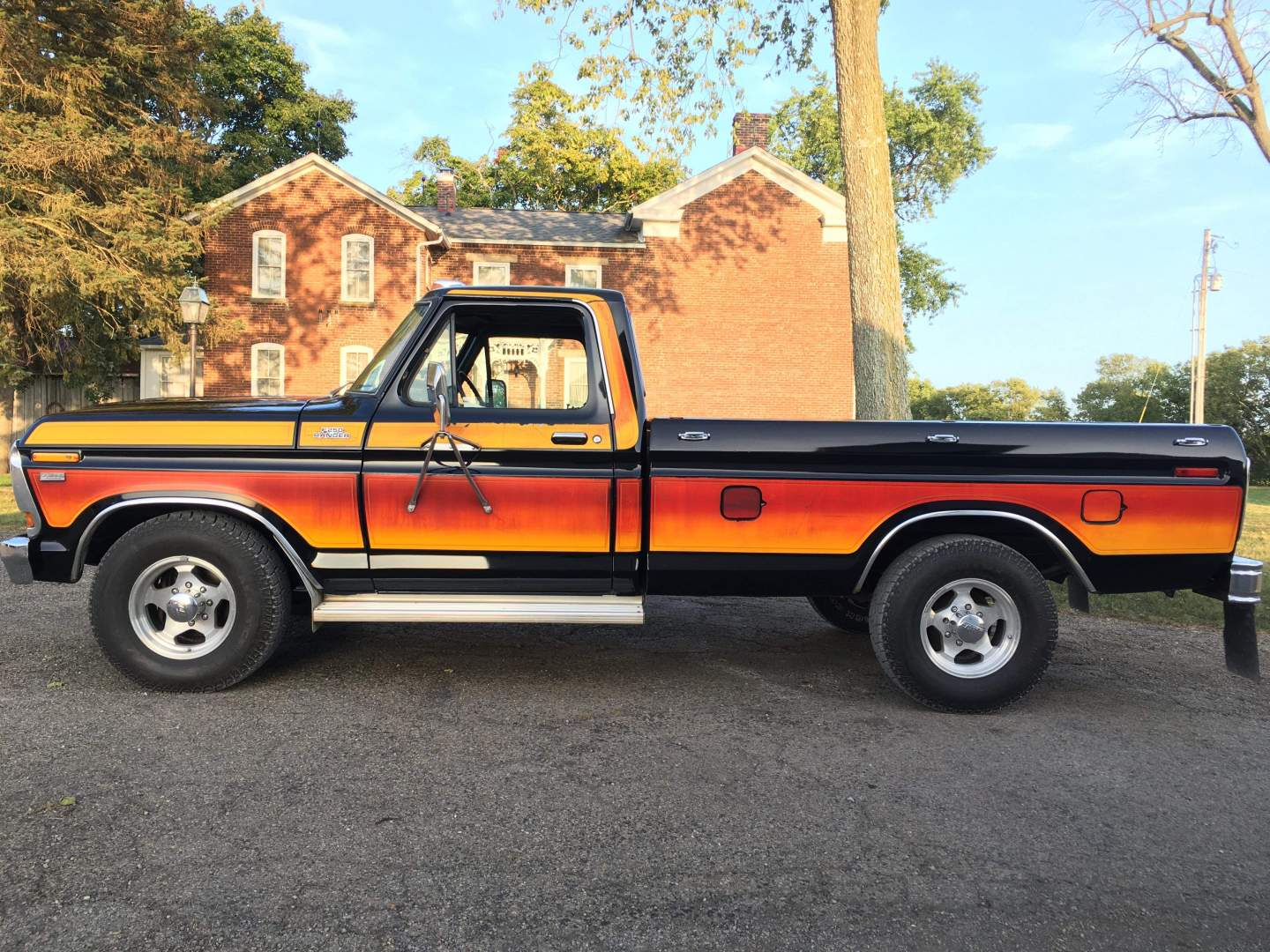 1979-Ford-F250-with-460ci-V8-and-automatic-21
