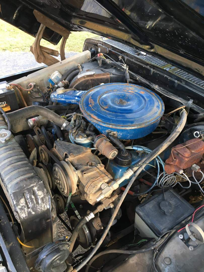 1979-Ford-F250-with-460ci-V8-and-automatic-26