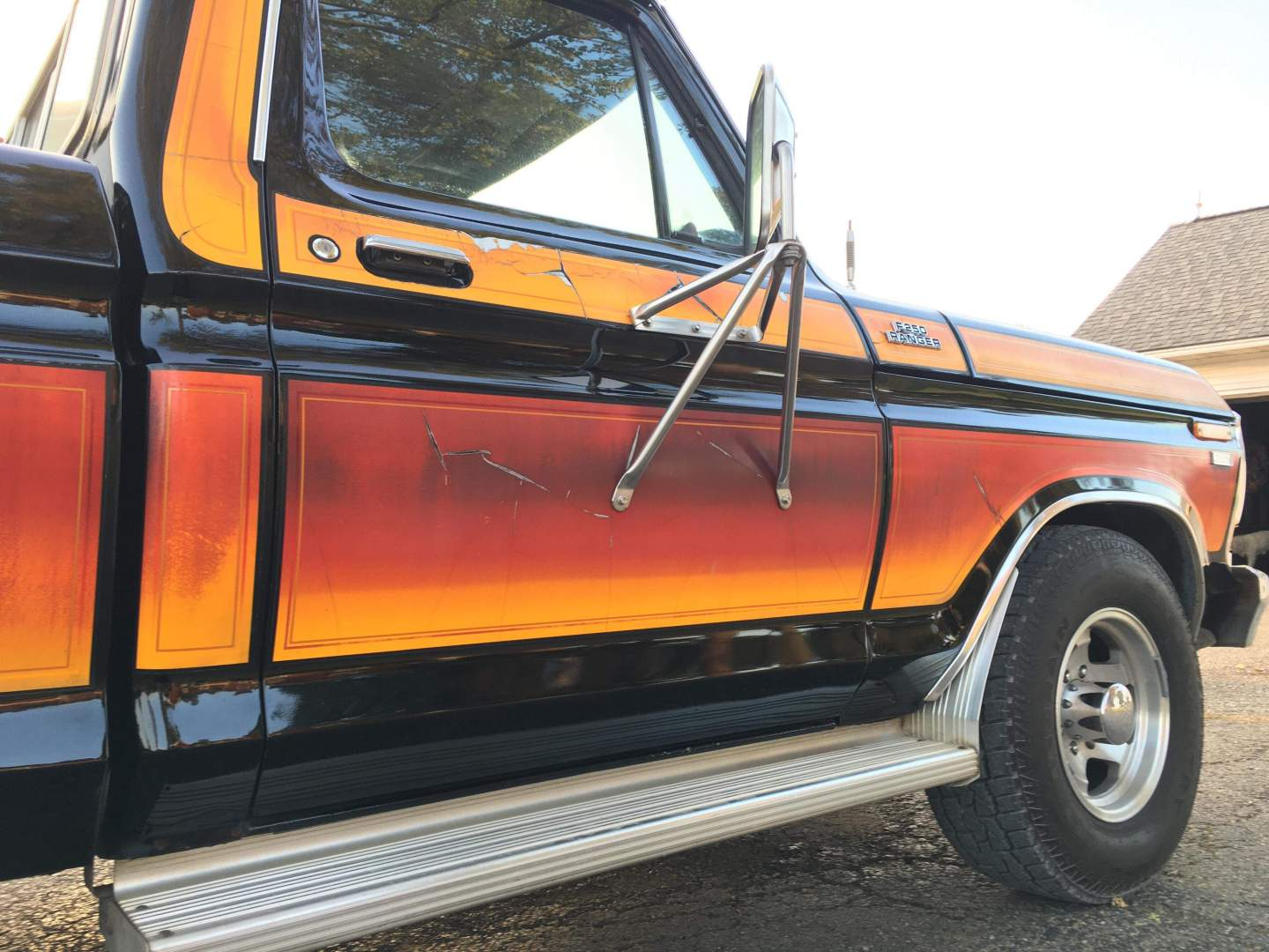 1979-Ford-F250-with-460ci-V8-and-automatic-32