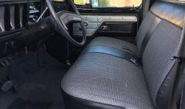 1979-Ford-F250-with-460ci-V8-and-automatic-23