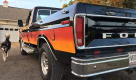 1979-Ford-F250-with-460ci-V8-and-automatic-28