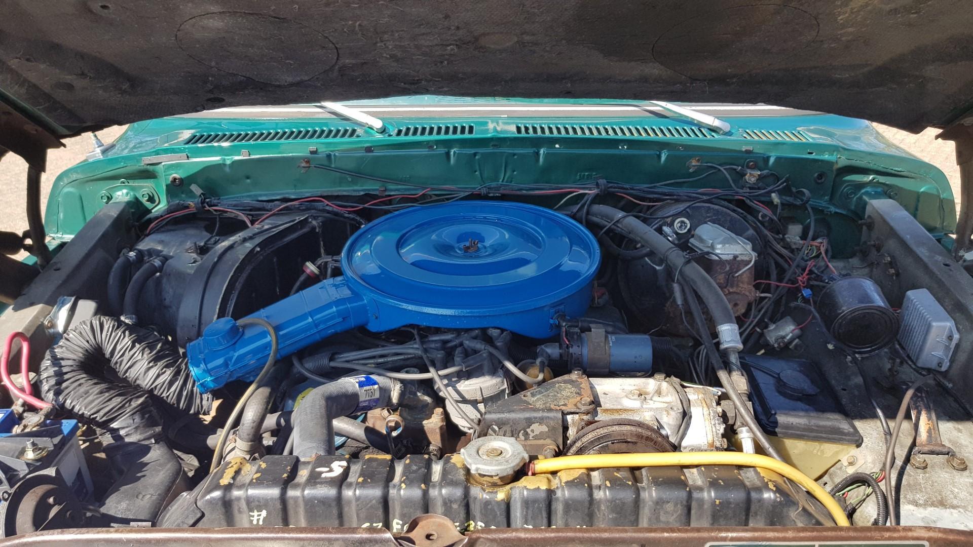 1979-Ford-F250-XLT-Ranger-460ci-V8-15