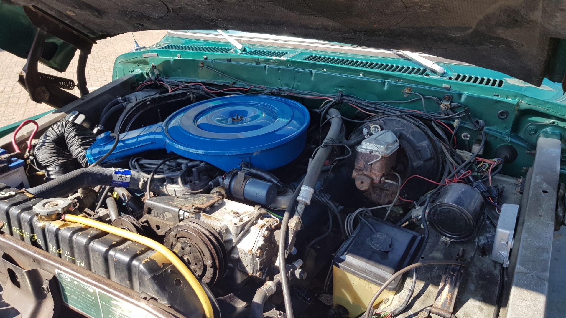 1979-Ford-F250-XLT-Ranger-460ci-V8-16