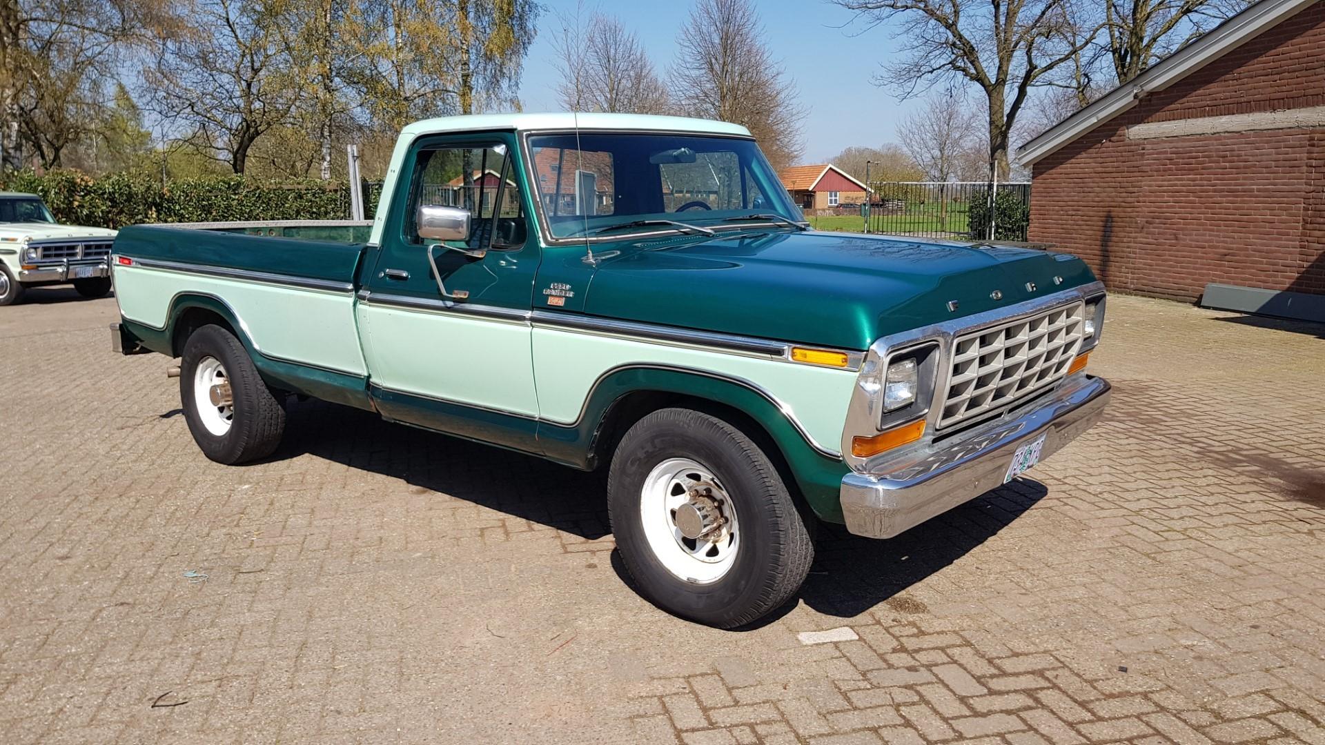 1979-Ford-F250-XLT-Ranger-460ci-V8-8