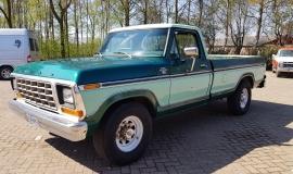 1979-Ford-F250-XLT-Ranger-460ci-V8-1