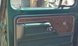 1979-Ford-F250-XLT-Ranger-460ci-V8-12