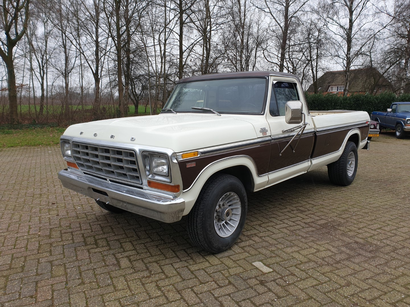 1979-Ford-F350-SuperCamperSpecial-400ci-1