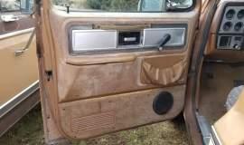 1980-C20-Silverado-Camper-Special-454ci-TH400-7