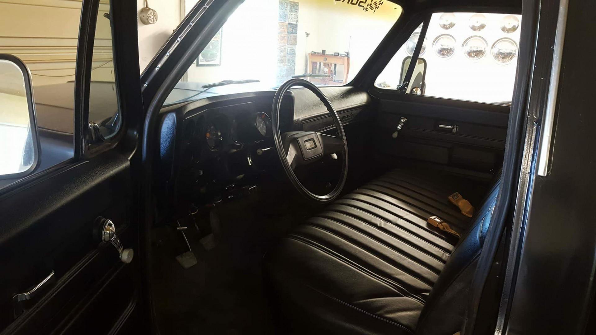 1980 Chevrolet K30 - 502ci (11)