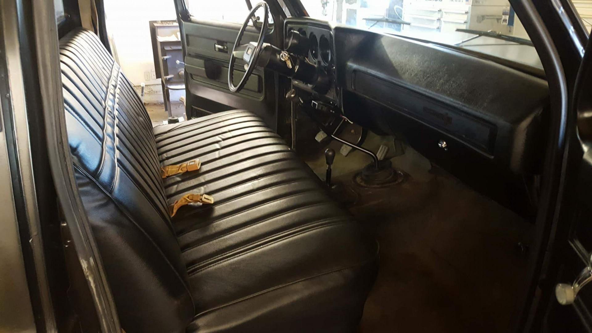 1980 Chevrolet K30 - 502ci (12)