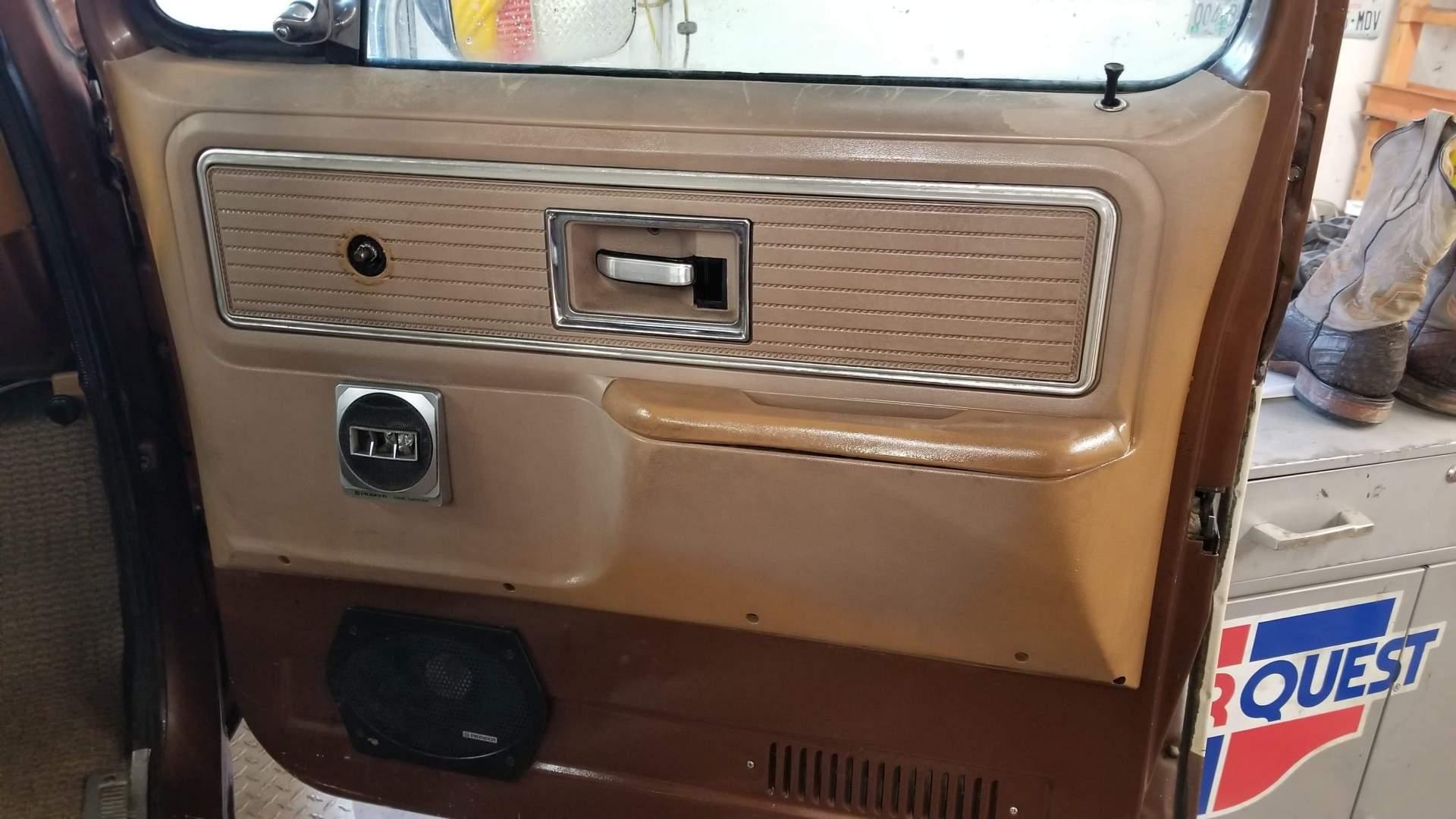 1980-GMC-C25-Sierra-Grande-350ci-V8-8
