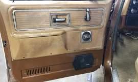 1980-GMC-C25-Sierra-Grande-350ci-V8-9