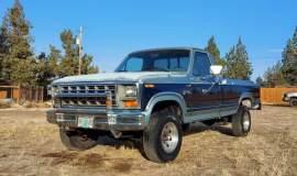 1981-Ford-F250-Camper-Special-4x4-351m-V8-001