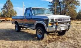 1981-Ford-F250-Camper-Special-4x4-351m-V8-1