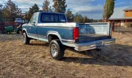 1981-Ford-F250-Camper-Special-4x4-351m-V8-11