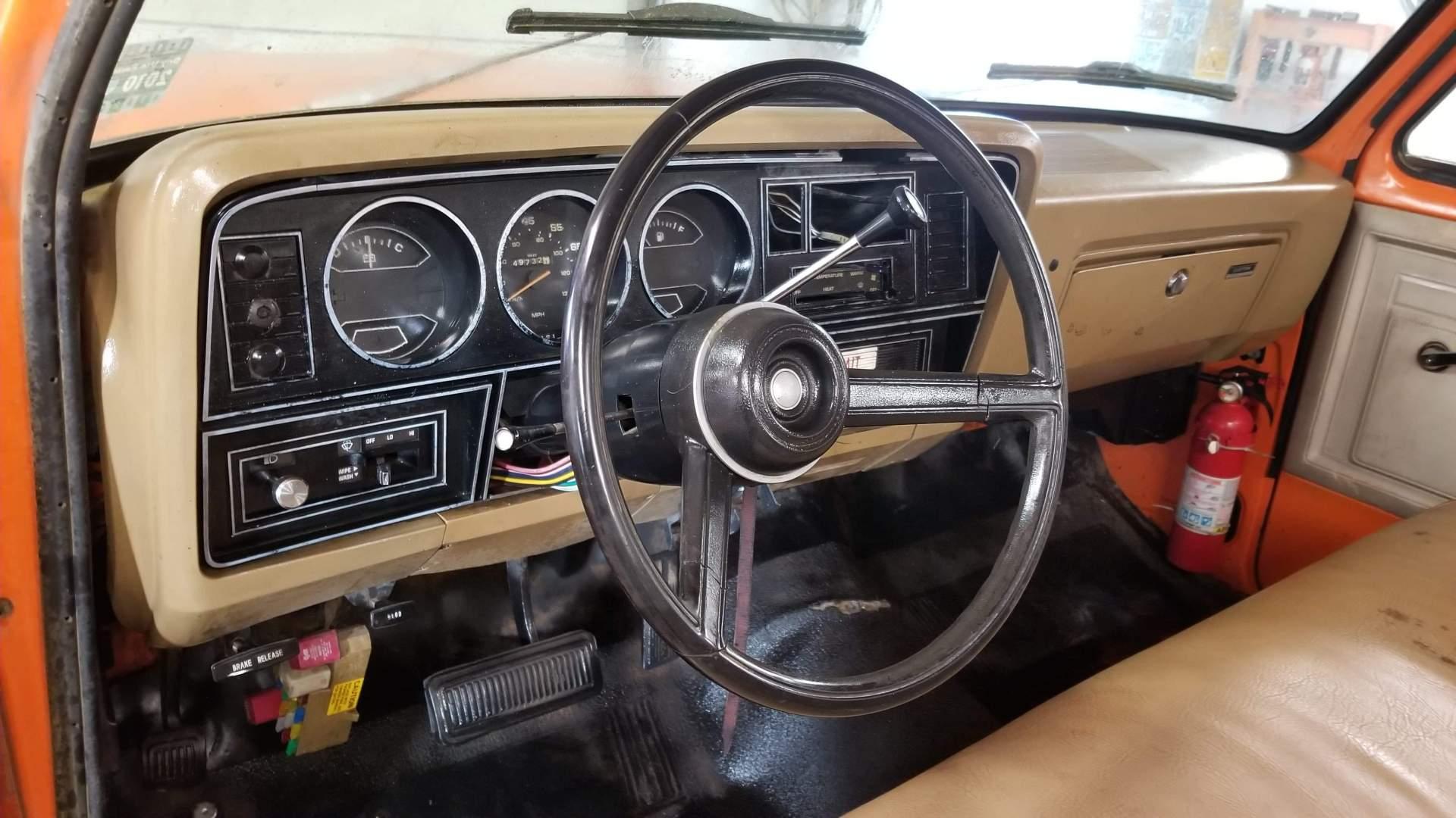 1982-Dodge-Ram-D20-318ci-V8-19