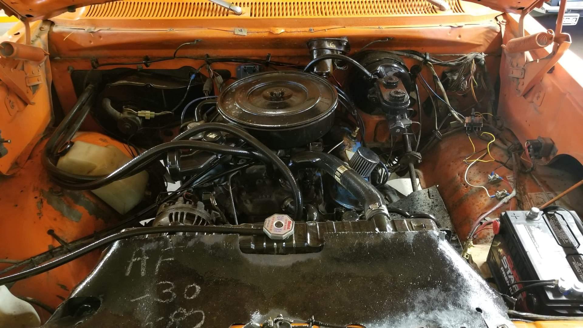 1982-Dodge-Ram-D20-318ci-V8-29