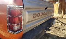 1982-Dodge-Ram-D20-318ci-V8-30