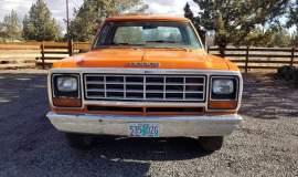 1982-Dodge-Ram-D20-318ci-V8-33