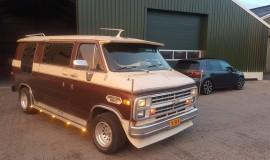 1983-Chevy-Van-5.0L-V8-9