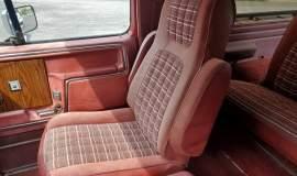 1983-Ford-Bronco-XLT-Lariat-4x4-351w-16