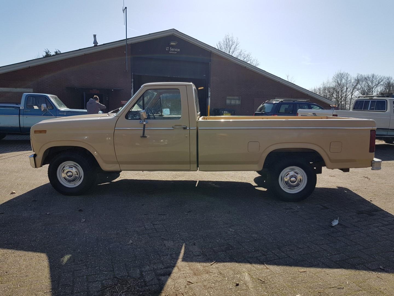 1983 ford f150 302ci v8 2