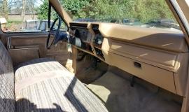 1983 Ford F150 302ci V8 (13)
