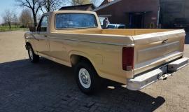 1983 Ford F150 302ci V8 (3)