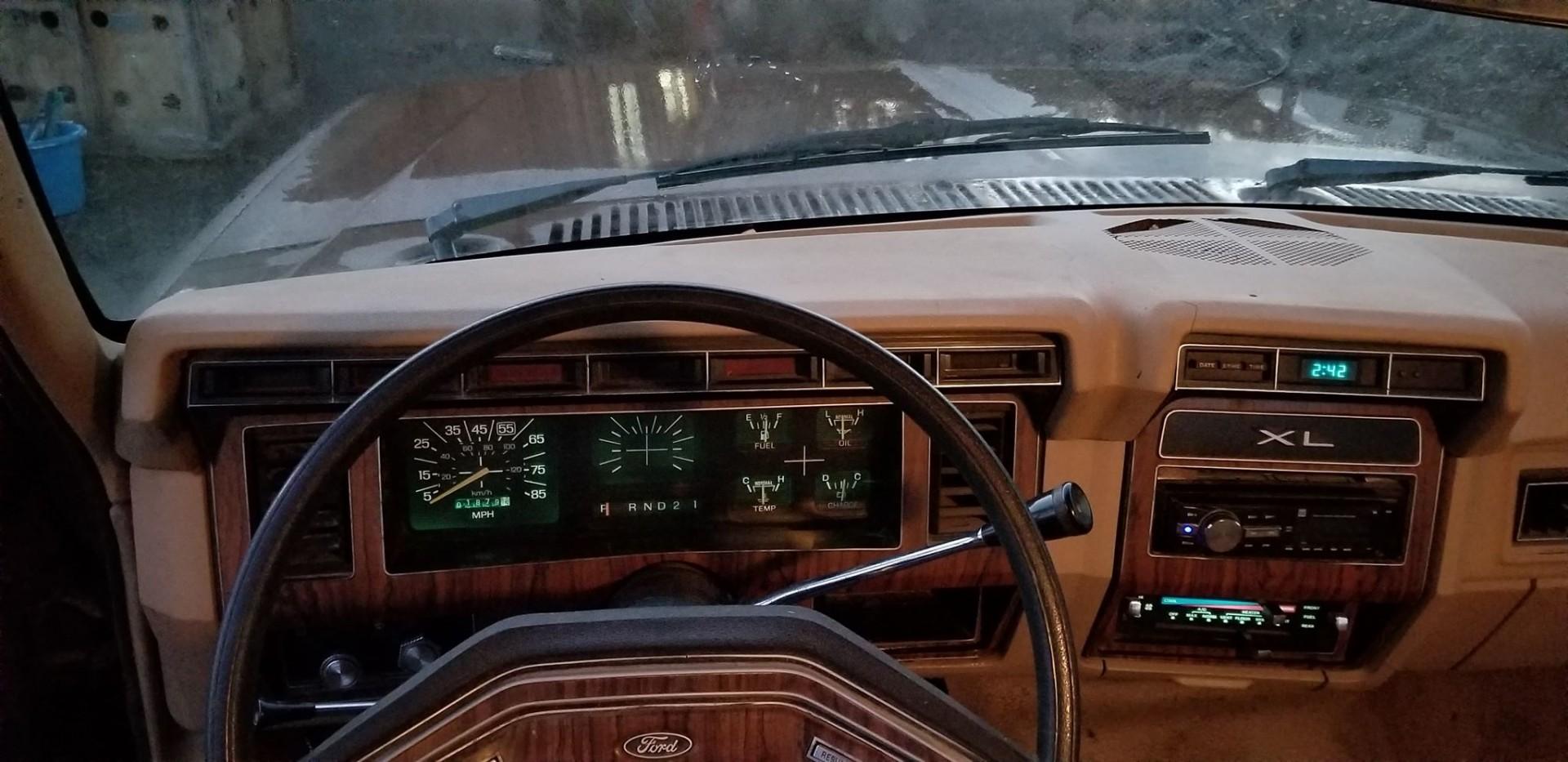 1983 Ford F250 351ci - C6 (15)