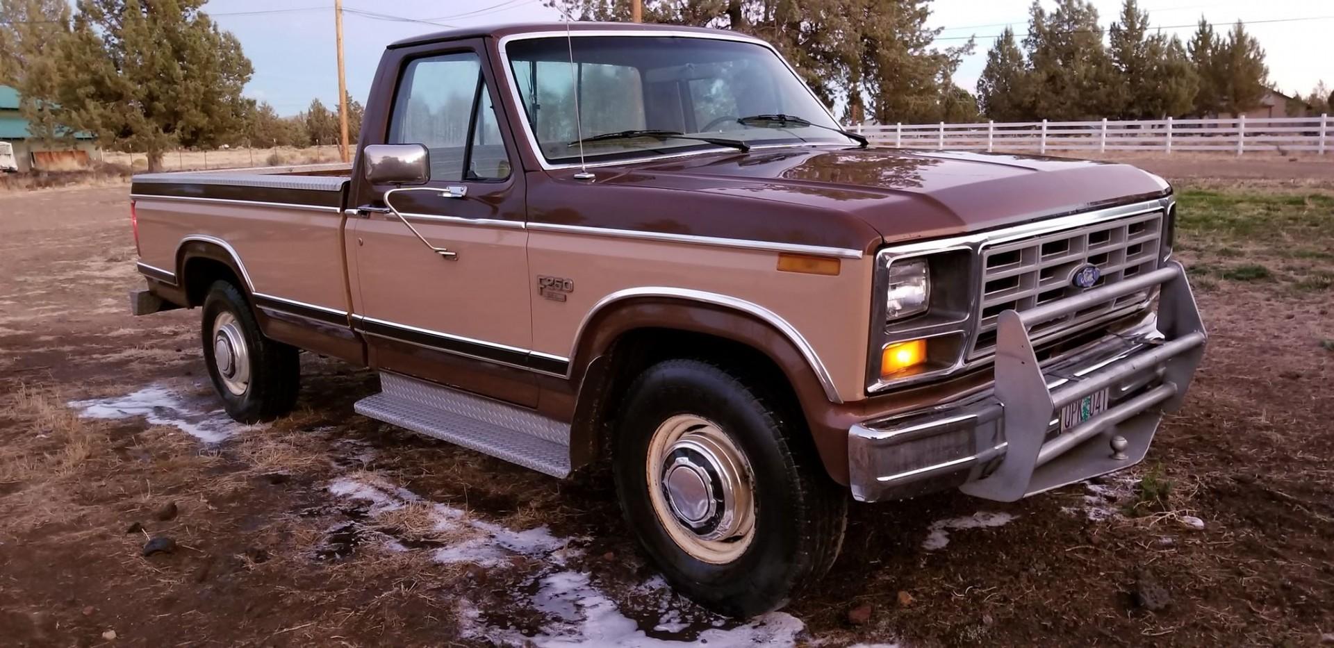 1983 Ford F250 351ci - C6 (2)