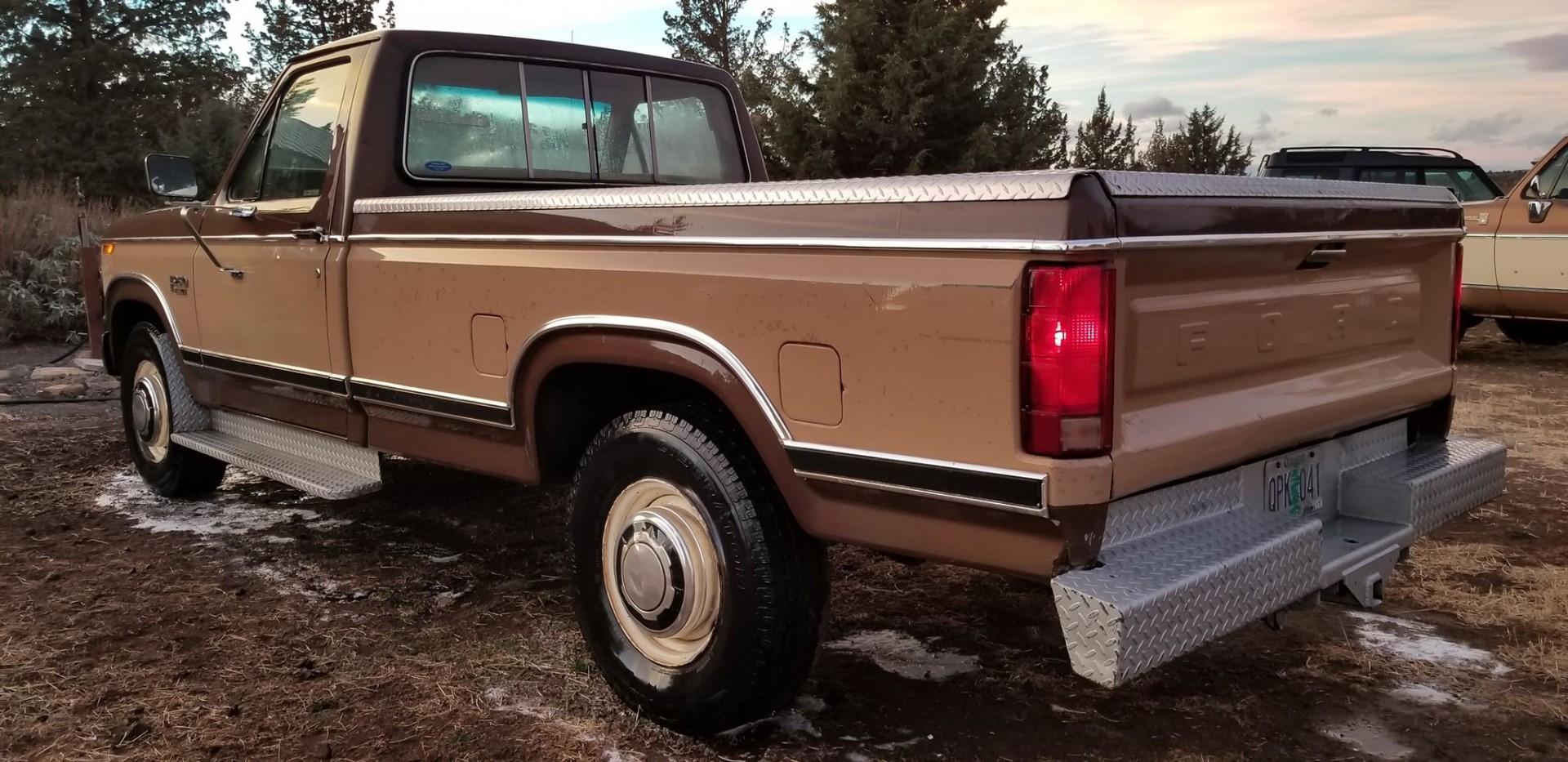 1983 Ford F250 351ci - C6 (3)